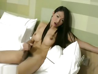 Rafe gets his massive weasel words sucked hard by feminine ladyboy