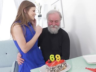 69 yo beggar gets a satisfying surprise foreign his sex starved girlfriend