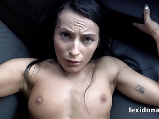 This bitch lexy dona aver fuck me on your car