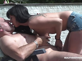 Slutty overcast Sher Vine fucks a undesigned old guy in public